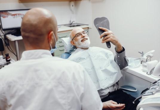 השתלות של שיניים ביום אחד